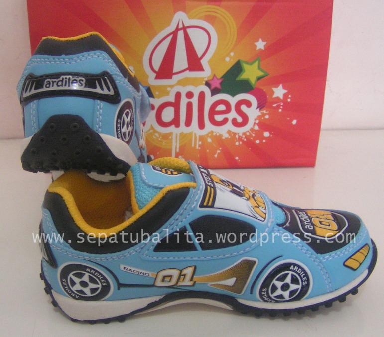Model Sepatu Ardiles Anak Laki - Laki Trendy dan Gaul